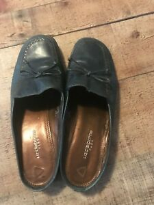 Liz-Claiborne-Flex-Green-Mules-size-8-1-2-M-Leather-upper
