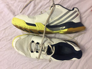 EUC Adidas Volleyball shoes EUC black and white Adidas
