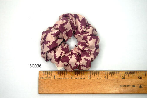 Silk Scrunchies Ponytail Holder Elastic Ties Hair Band Pink Houndstooth SC036