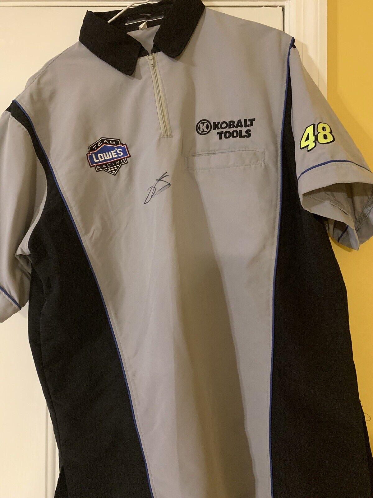 producto de calidad 2010 Jimmie Johnson autografiada Kobalt raza utilizado 5th campeonato campeonato campeonato Camisa de equipo  precio al por mayor