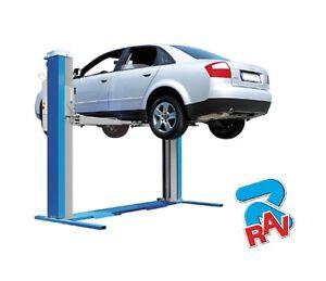 Ponte sollevatore a 2 colonne ravaglioli 3 2 ton for Ponte auto per officina usato