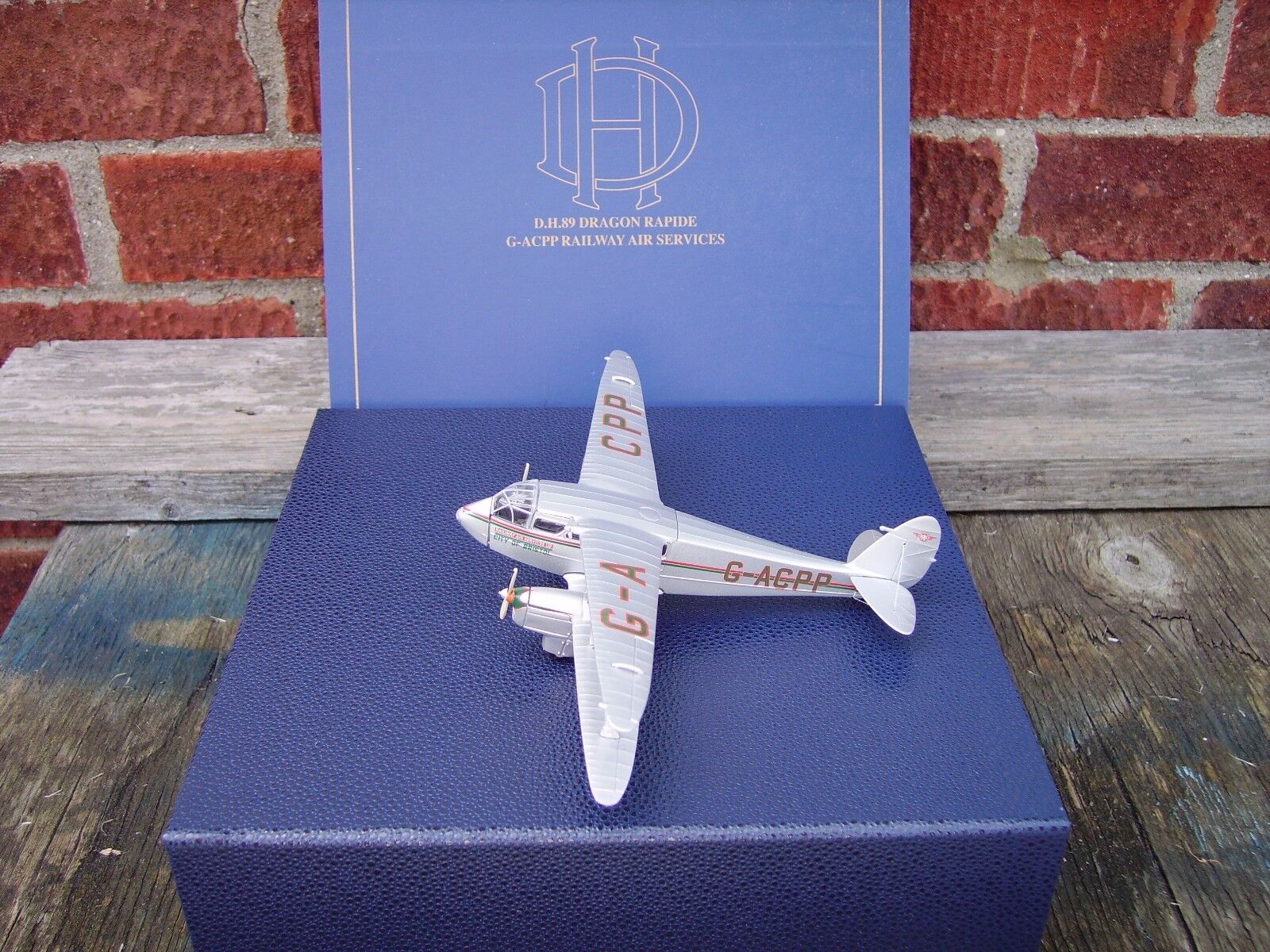 OXFORD DIECAST 1 72 SCALE DH.DRAGON RAPIDE   RAILWAY AIR SERVICES G-ACPP