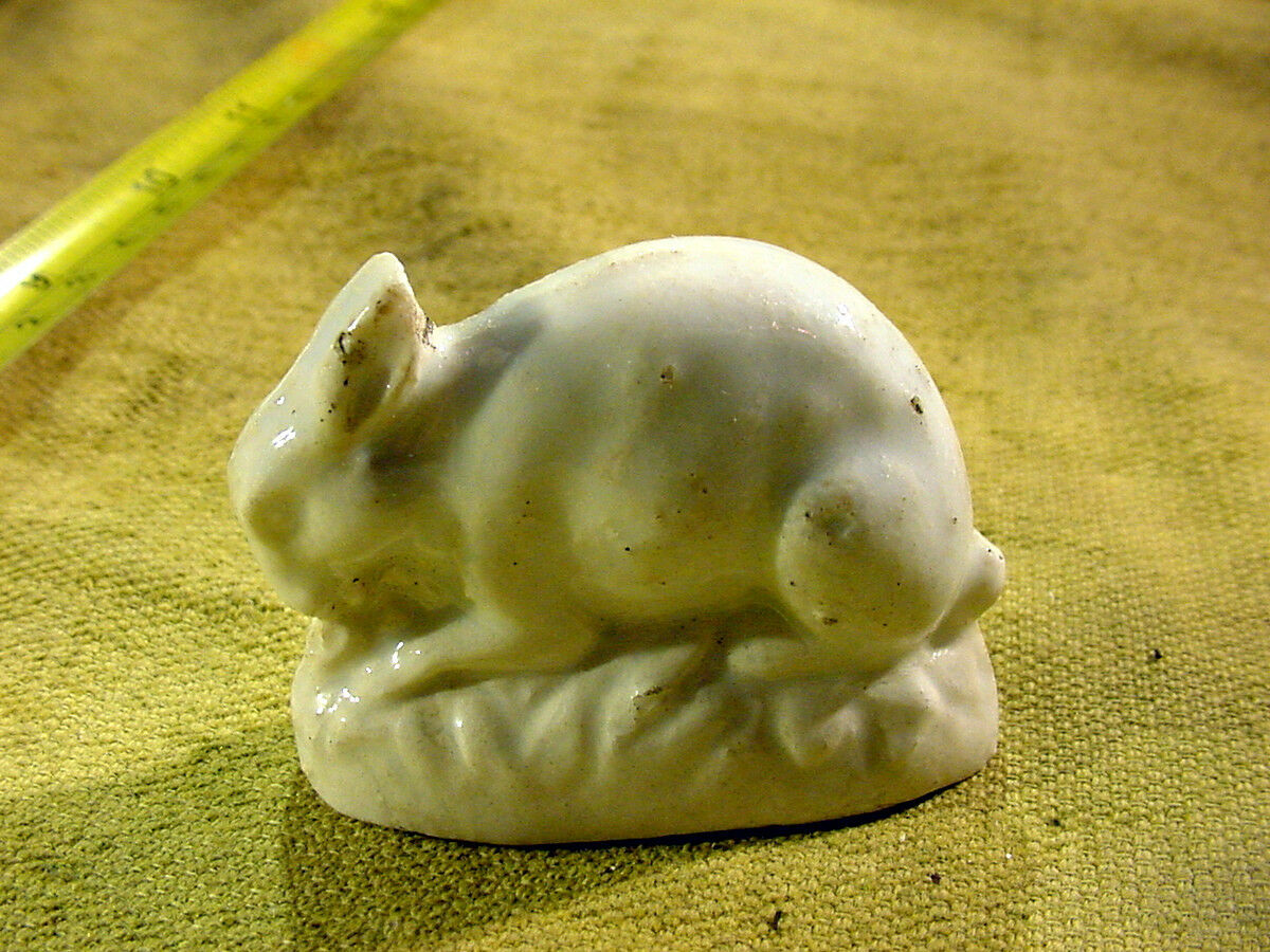 Rabbit victorian animal figurine length 1.7   age 1860 Kister Germany Art. 8371