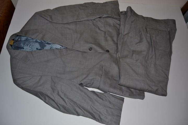 JOS A BANK grau PLAID 2 BUTTON BLAZER SUIT  Herren SIZE 40S 35 X 28