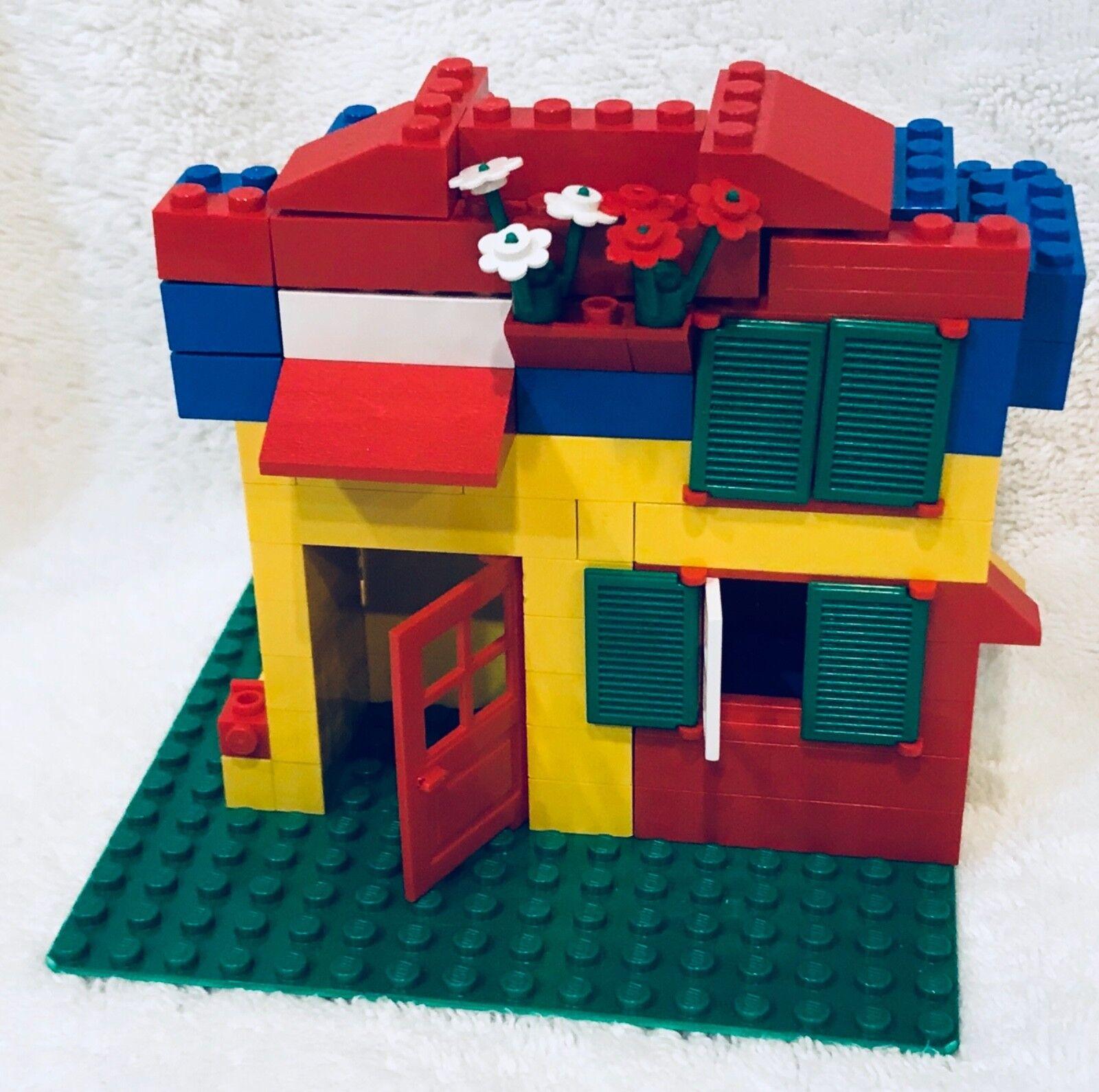LEGO UNIVERSAL BULDING SET(555) AGE 5-7 VINTAGE w/ box