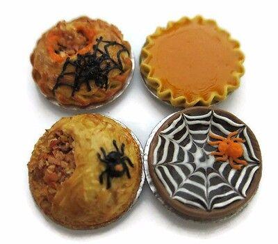 4 Halloween Mix Pie On Tin Pans Dollhouse Miniatures Food Bakery Holiday Season