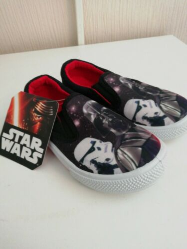 Child/'s Star Wars Canvas Shoes size 9 brand new