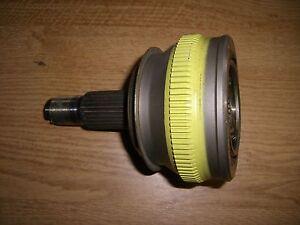 Gleichlaufgelenk-Antriebswelle-Drive-Shaft-Lancia-Thema-8-32-Ferrari-82420600