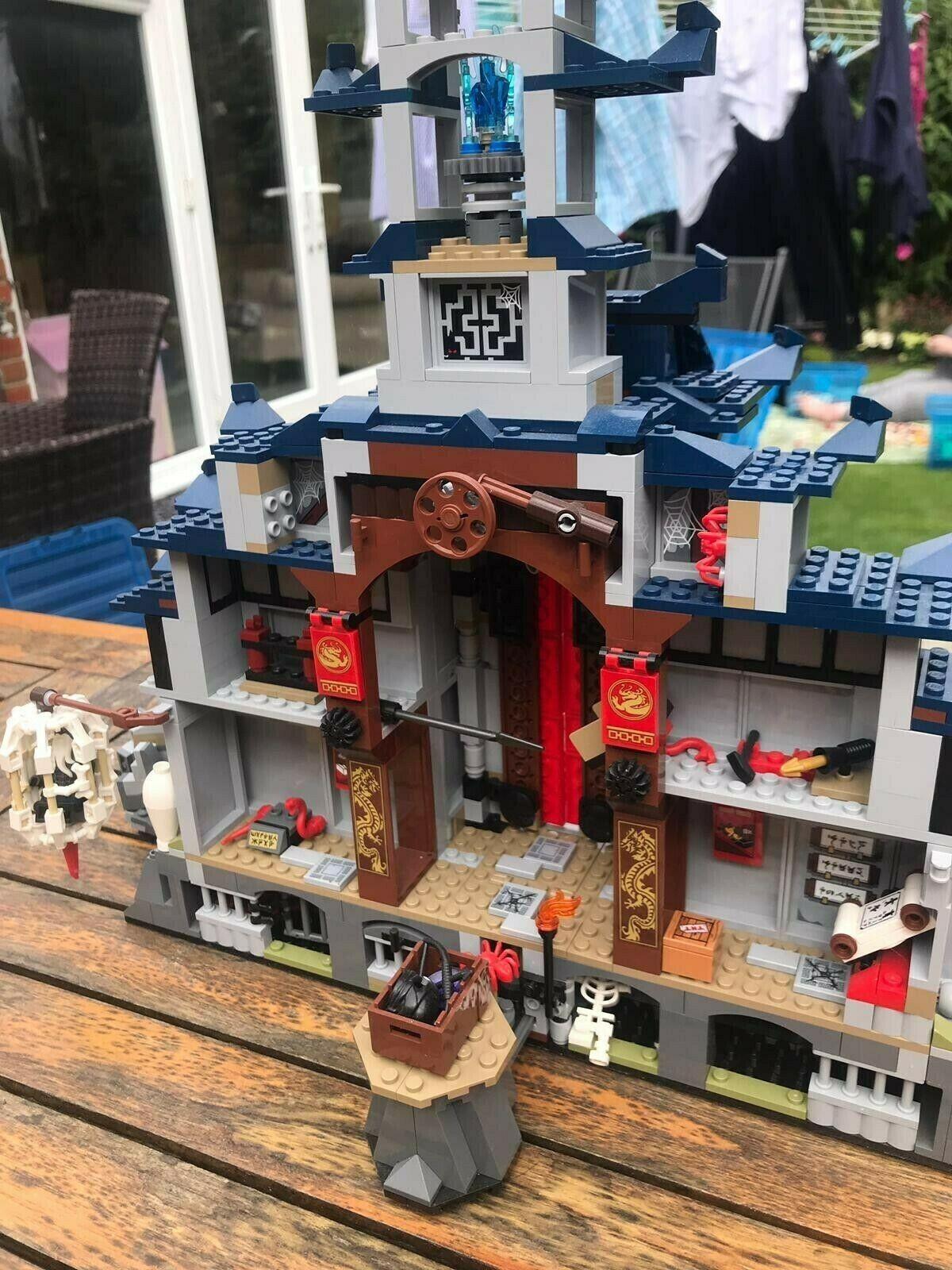 grand job lot bundle of  lego petit items, parts ,sets  être en grande demande