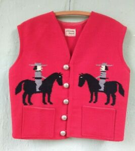 RARE-VINTAGE-CHIMAYO-GANSCRAFT-SOUTHWESTERN-GAUCHOS-ON-HORSES-RED-WOOL-VEST