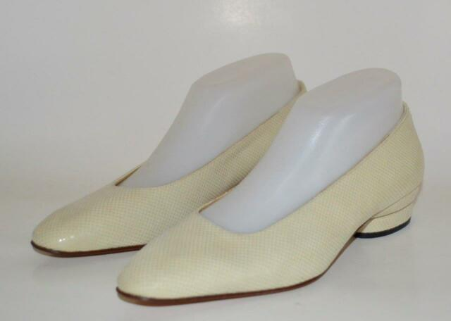 BRUNO MAGLI 7.5 Narrow IVORY CREAM leather low classic heel ITALY Display