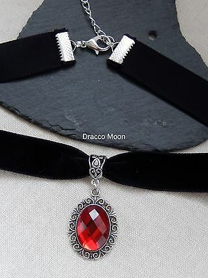 Black Velvet Choker/Necklace Siam Red Cabochon Gothic/Party/Retro/Prom UK