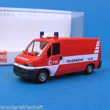 Busch H0 47310 FIAT DUCATO Feuerwehr Ulm KLAF Klein-Alarm-Fzg. OVP HO 1:87 box