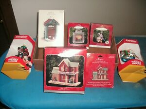 Lot-Of-5-HALLMARK-Ornaments-plus-two-2-Vintage-Disney-Energizer-Ornaments
