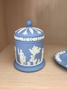 Vintage Wedgwood Blue Jasperware Trinket JAR POWDER BOX Grapes Design.