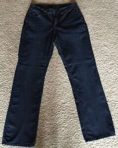 3826d214d69 NYDJ Not Your Daughter s Jeans Straight Leg Stretch Lift Tuck Size ...
