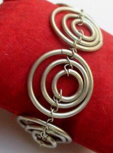 Originale Bracelet Cercles Ajourés Couleur Argent Bijou Rétro 5199 Bon Pour L'éNergie Et La Rate