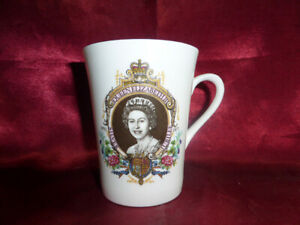 1977-HRH-Queen-Elizabeth-II-SILVER-JUBILEE-MUG-Ashley-Bone-Royal-Memorabilia