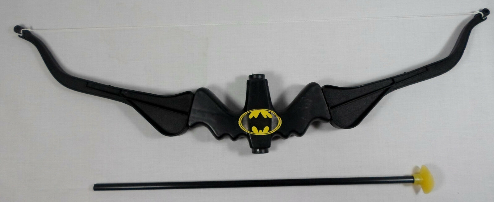 GEORGE TOYS GREEK VTG 80's BATMAN 23'' 23'' 23'' PLASTIC TOY BOW MOC MADE IN GREECE 8d719a