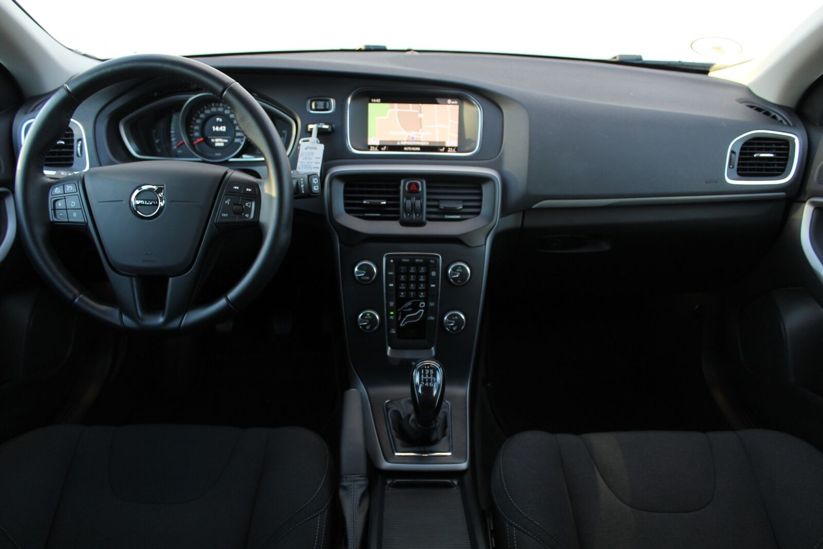Volvo V40 2,0 T2 122 Kinetic Eco - billede 6
