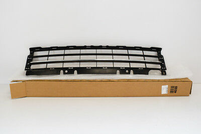 5C5853671 GENUINE VW BEETLE FRONT BUMPER LOWER CENTRE GRILL COVER 2012-2016