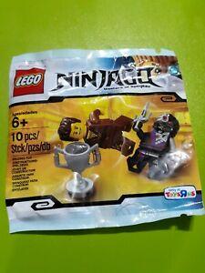 Nindroid Polybag Set Brown Ninja 5002144 LEGO Ninjago Dareth vs