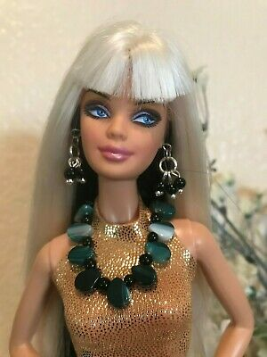 Barbie Handmade Jewelry Green and Black Beads Necklace and Earrings