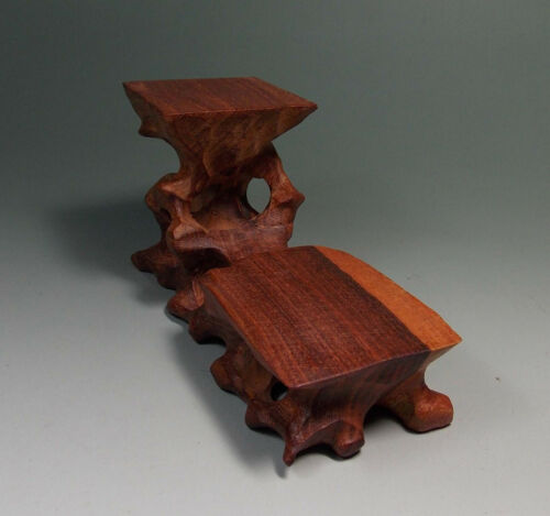 Chinese wood carved stand For Netsuke snuff bottle small statue