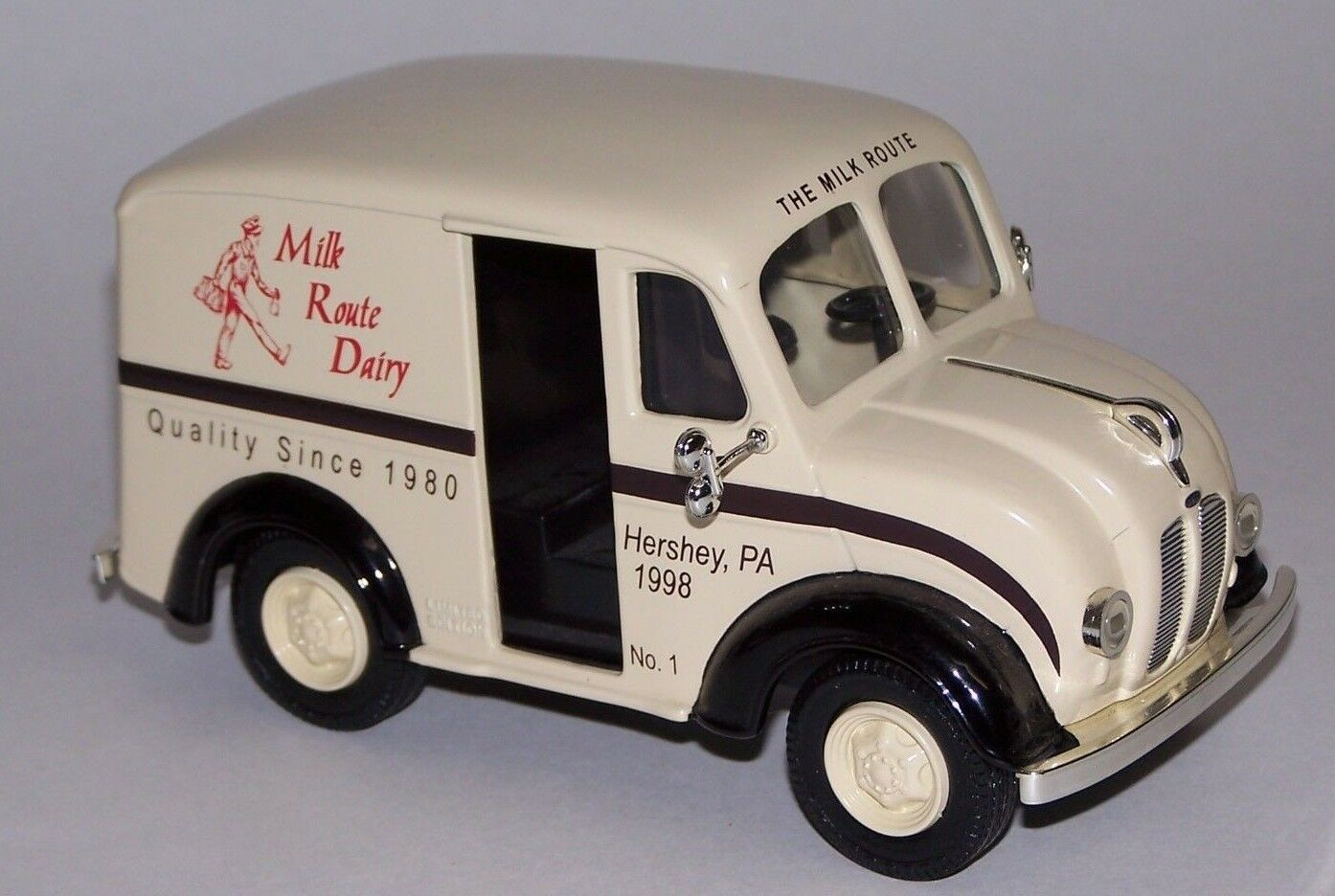 Ertl Collectible 1950 Divco Delivery Truck Diecast Metal The Milk Route NIB