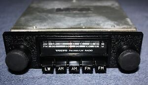 volvo amazon pv 140 164 fm radio genuine volvo accessories. Black Bedroom Furniture Sets. Home Design Ideas