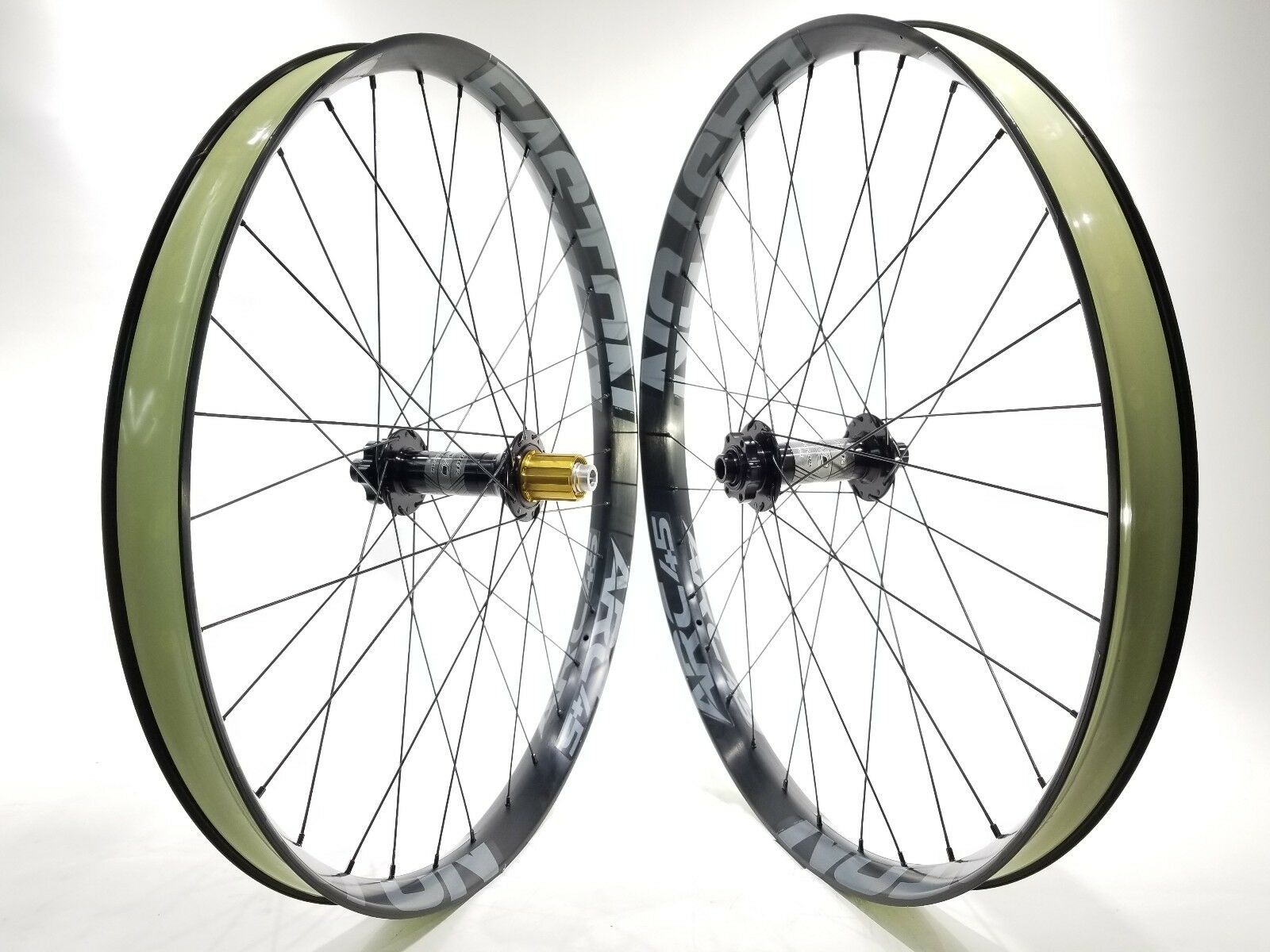 Easton   Race Face Arc 45 27.5 in. rims Hope Pro 2 Fatsno hubs Bicycle Wheels