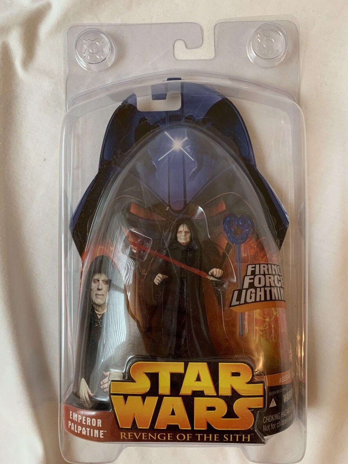 Star Wars Episode III 3 Revenge of the Sith EMPEROR PALPATINE Firing Force Lightning Figure #12 Hasbro 85285