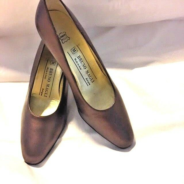 MINT UNWORN BRUNIO MAGLI HEEL PUMP BRONZE COPPER BROWN Schuhe SZ  6 USA EU 36