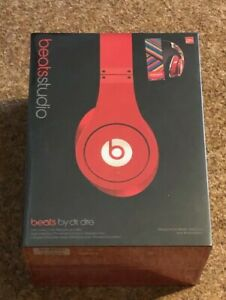 Beats-By-Dr-Dre-Studio-Noise-Cancelling-HD-Coke-London-Olympics-2012-Edition