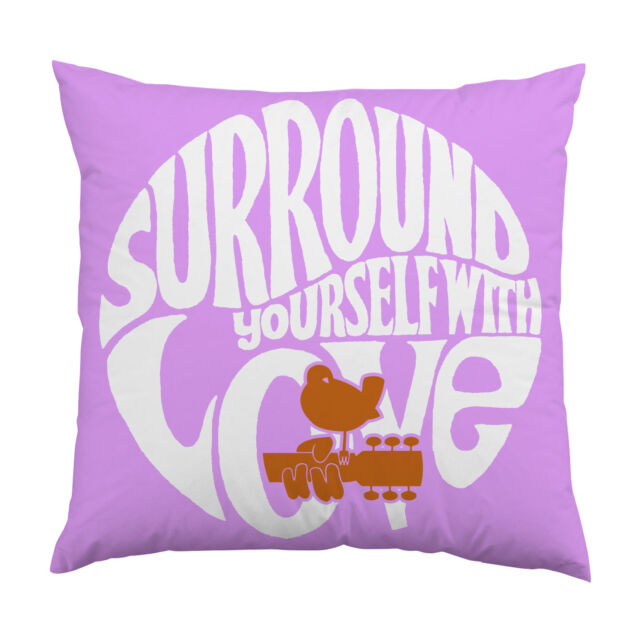 WOODSTOCK - SURROUND YOURSELF WITH LOVE - Kissen / Cushion