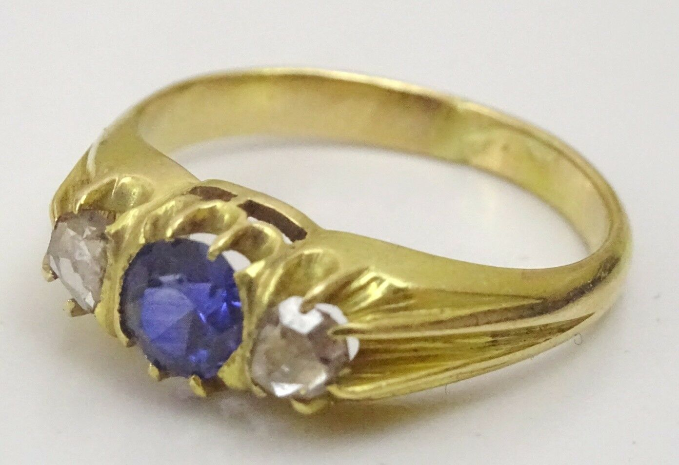 Vintage 18 karat gold and Faux Sapphire Diamond Ring
