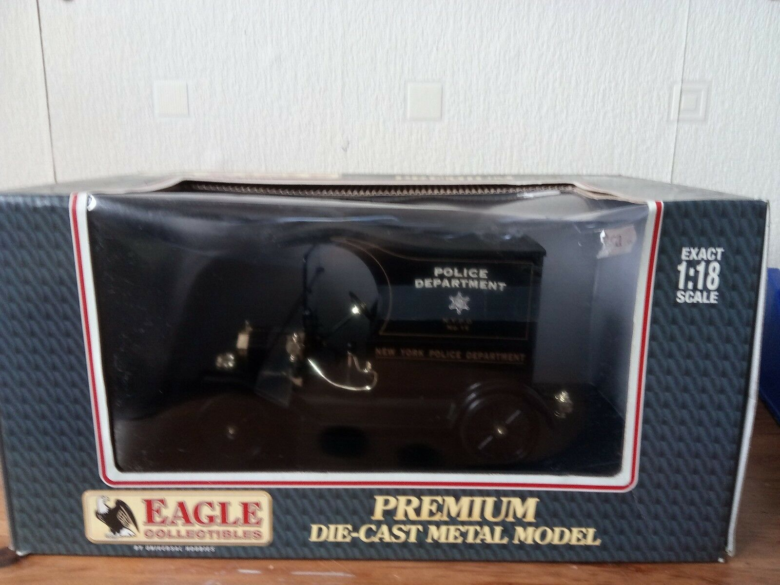 EAGLE COLLECTIBLES POLICE POLICE POLICE PATROL PADDY WAGON bc12c9