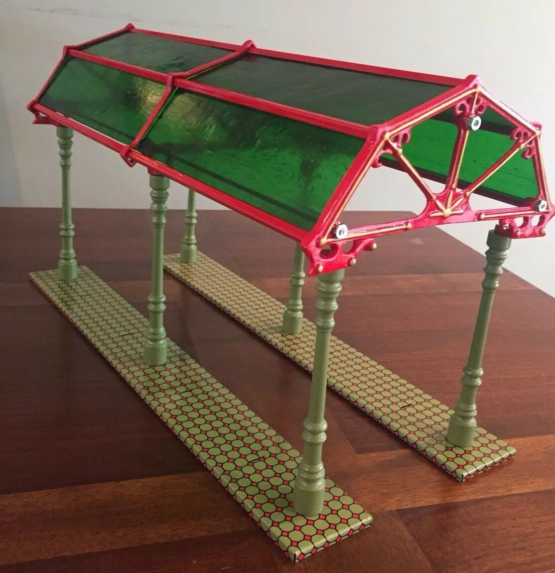 Rare FACTORY ASSEMBLED Pride  Lines IVES Lithographed GLASS  Dome Train Shed.