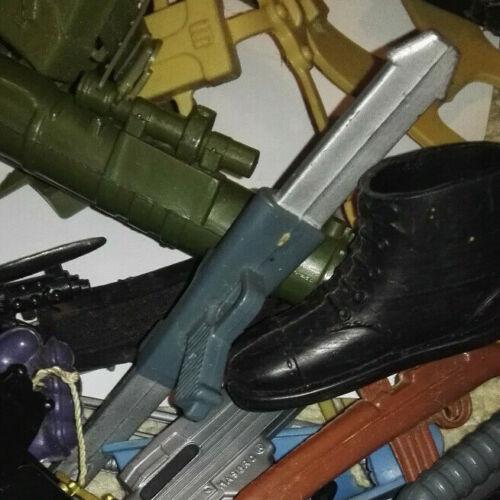 VINTAGE Action Man Weapons Guns Shoes Skis Spares /& repairs genuine parts