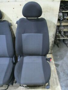 GENUINE-2005-HOLDEN-BARINA-XC-3D-CD-1-4L-2001-2005-Right-Driver-Side-Seat