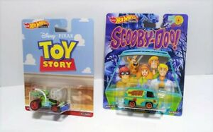 2019 HOT WHEELS TOY STORY RC CAR SCOOBY-DOO 50 YEARS THE MYSTERY MACHINE PREMIUM