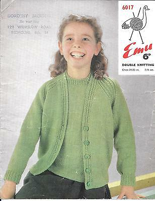 "Childs Sweater /& Cardigan 24-32/"" chest DK Emu 6017 Vintage Knitting Pattern"
