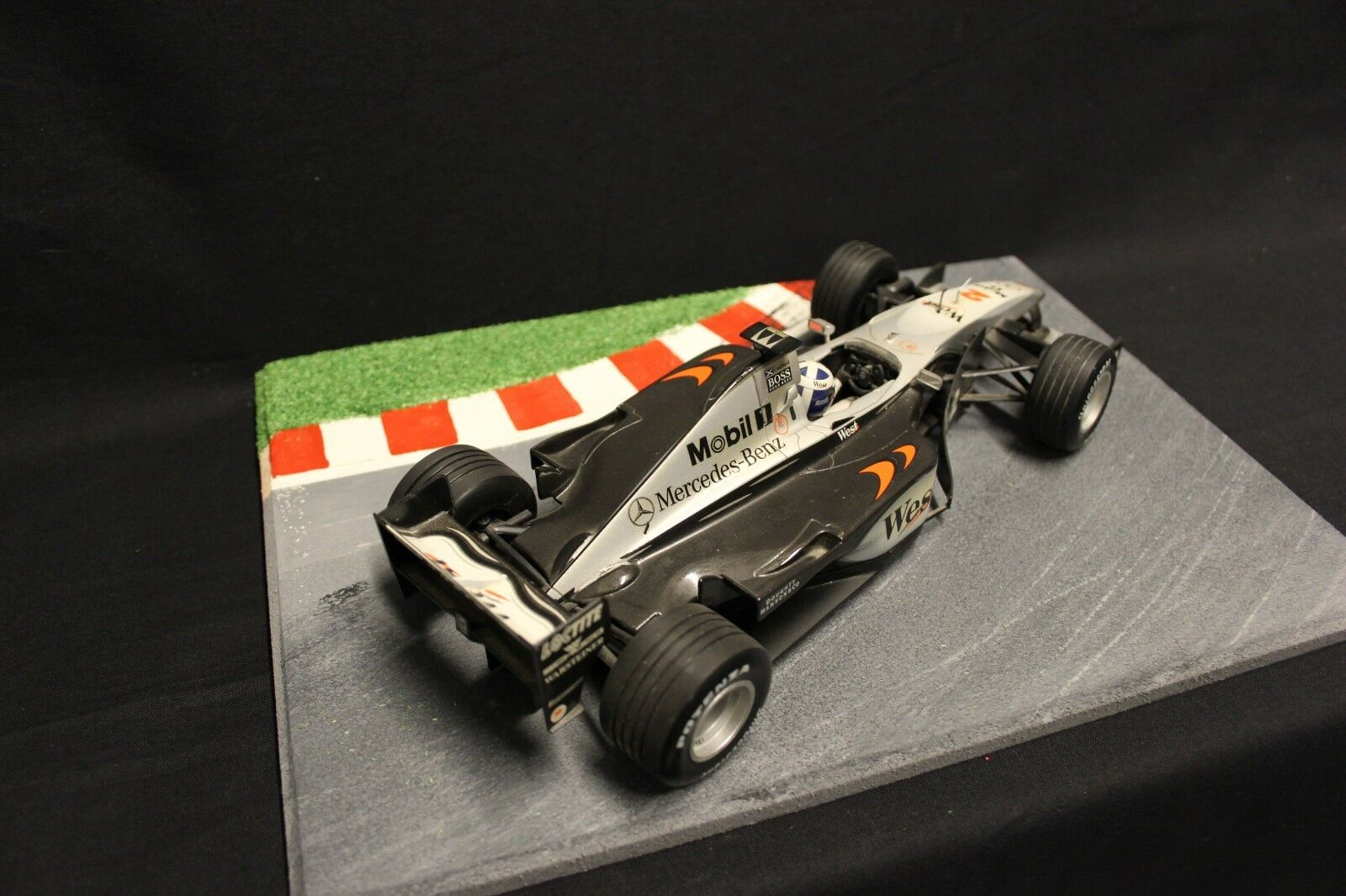 Minichamps McLaren Mercedes MP4-14 1999 1 18 David David David Coulthard (GBR) (F1NB) 5362a0