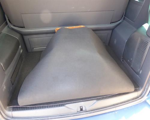 Kofferraummatte Wendematte mit Ladekantenschutz VW T5 Multivan