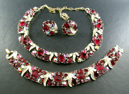 VINTAGE LISNER NECKLACE BRACELET EARRINGS RED RHIN