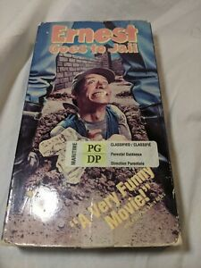 Ernest-Goes-to-Jail-VHS-Tape