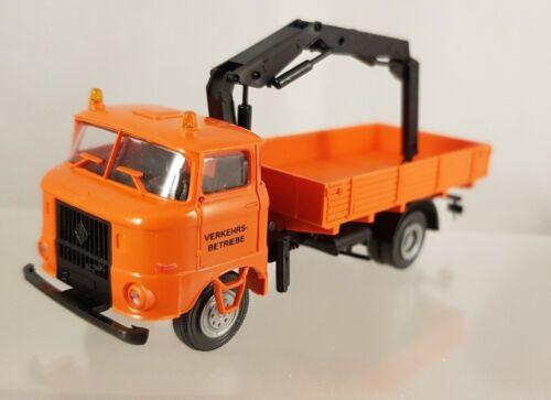 """s.e.s modelltec IFA W50 Pritsche Ladekran /""""Verkehrs-Betriebe/"""" 1:87 H0 14105770"""