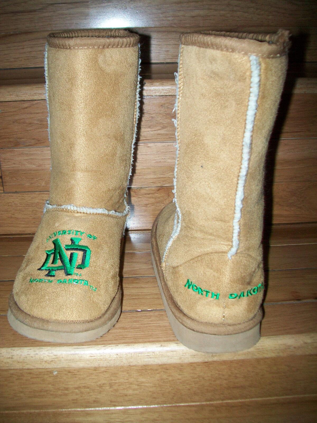 Womens Small 5-6 UND University of North Dakota Tall Slipper Boots-Faux Suede