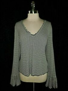 NEW-FOREVER-21-Plus-Size-3X-Shirt-Top-Black-White-Stripes-Flared-Cuffs
