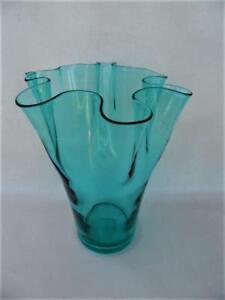 LARGE-TALL-FREE-FORM-AQUA-BLUE-ART-GLASS-VASE-WAVY-EDGE-DESIGN